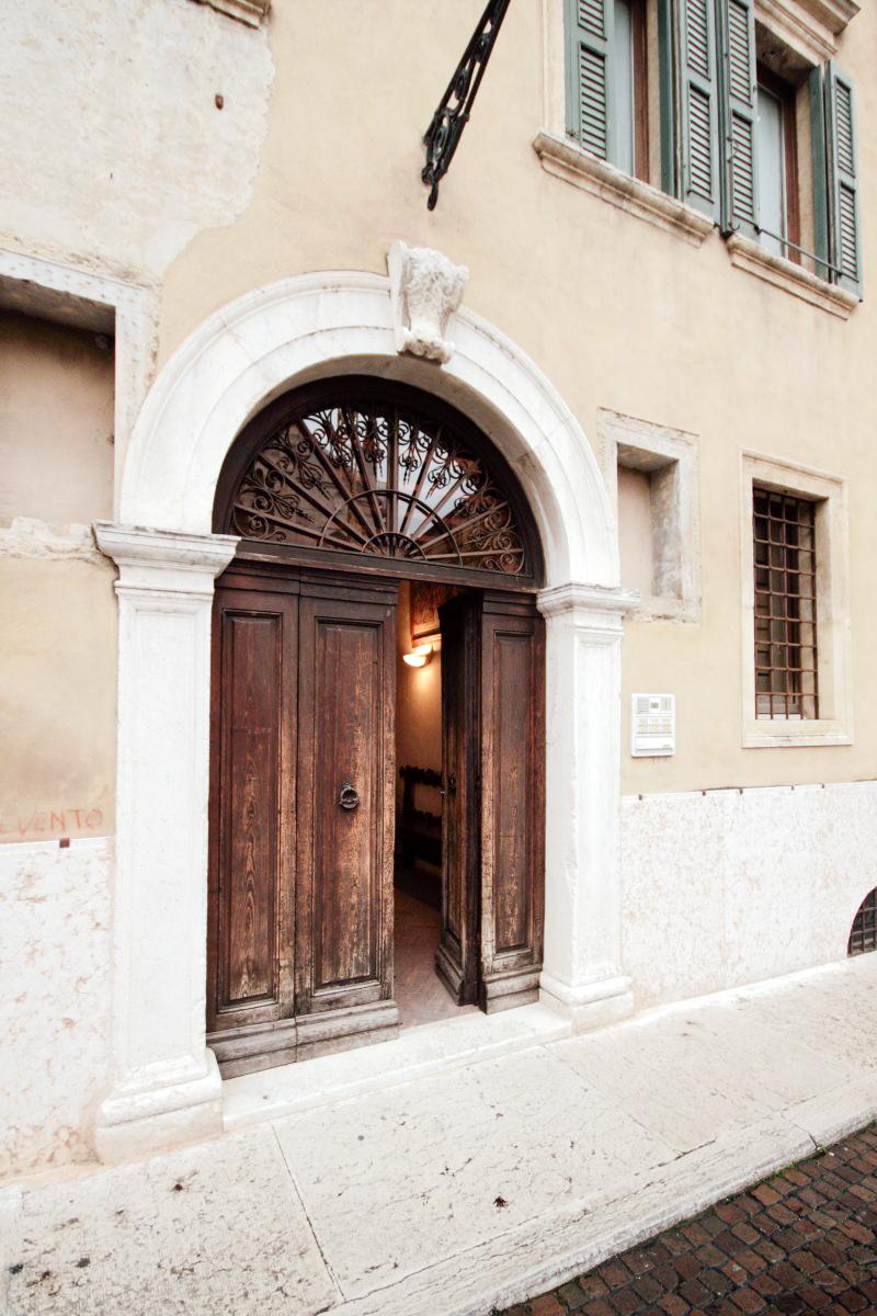 Elegant Suite- Verona