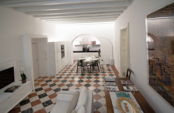 Elegant apARTment Verona