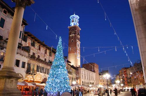 Verona si veste di luce 2017